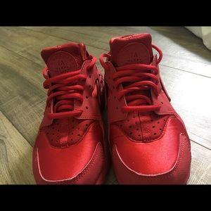 Red Nike huarache shoes!!!